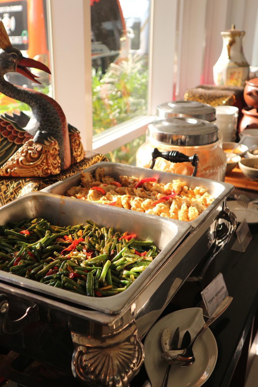 Ayola Lalisa Surabaya Surabaya - Breakfast
