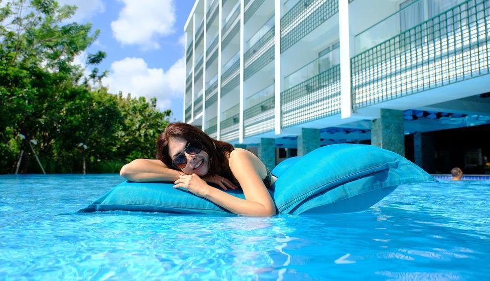 The Sintesa Jimbaran Bali - Swimming pool
