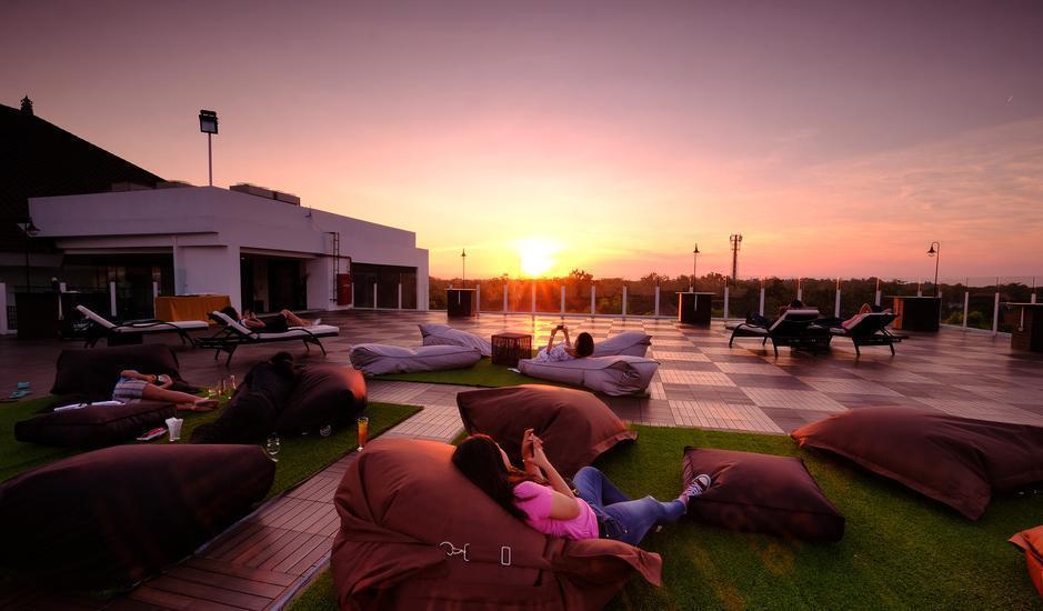 The Sintesa Jimbaran Bali - rooftop on 7
