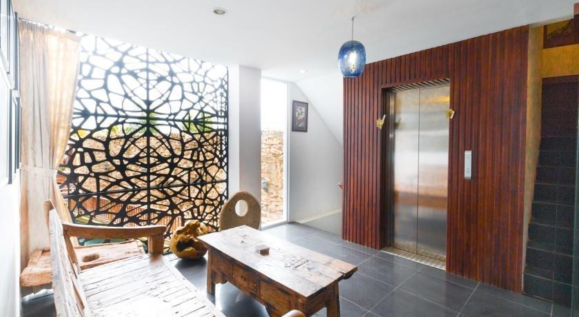 Hadi Poetra Hotel Bali - Ruang tamu