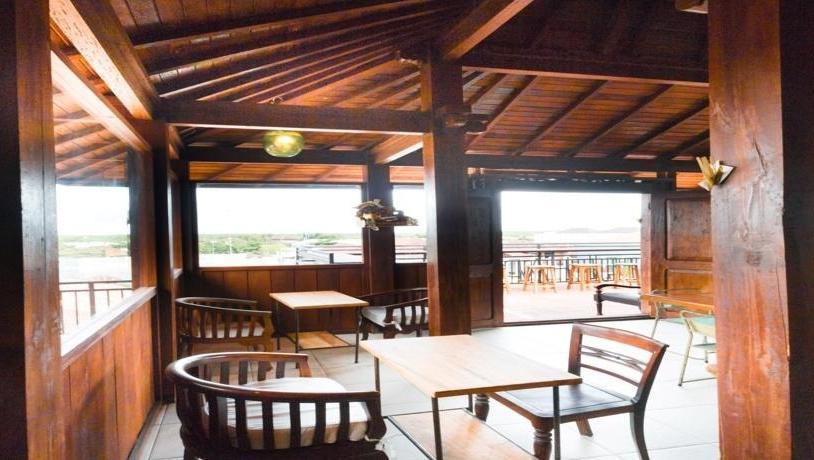 Hadi Poetra Hotel Bali - Ruang makan