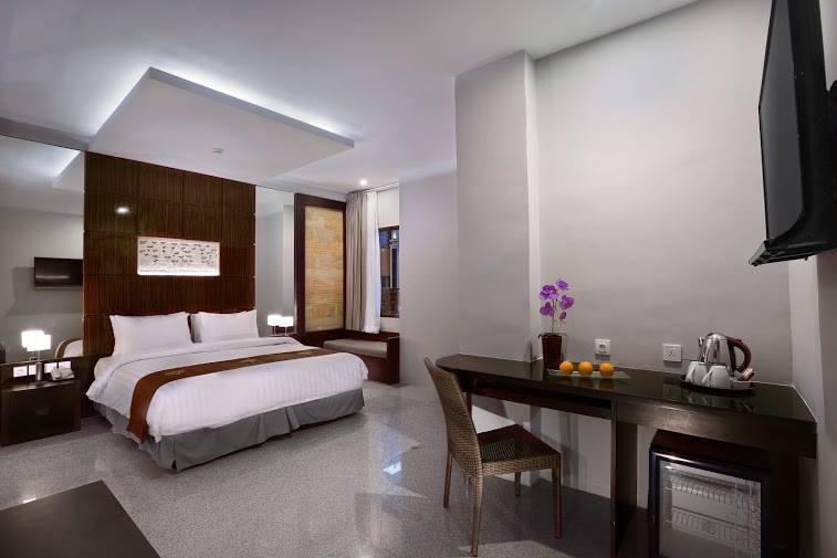 Permata Kuta Hotel Bali - Junior Suite Room Free Airport Transfer One Way Lastminute Promo