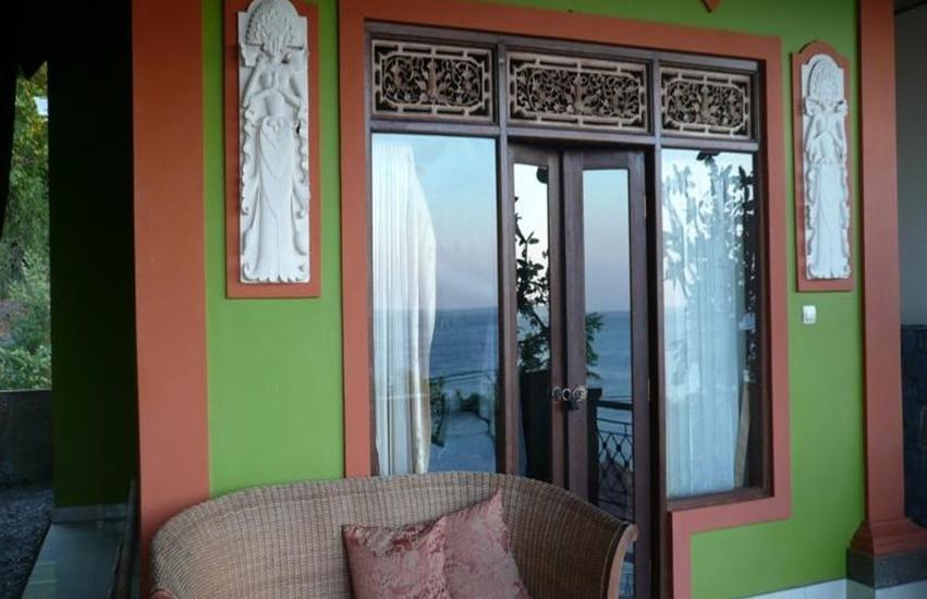 C'est Bon Homestay 1 Bali - Ocean View Kamar - Balkon