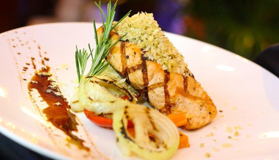 Grand Swiss-Belhotel Medan - Crusted Salmon