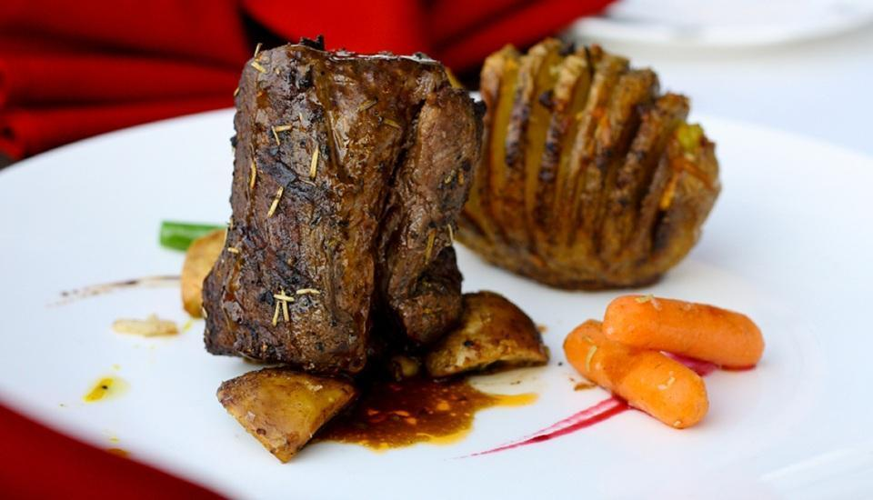Grand Swiss-Belhotel Medan - Black Angus Beef Loin