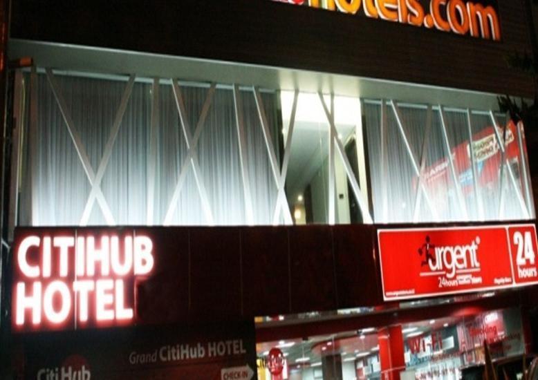 Citihub Tunjungan - Tampilan Luar Hotel