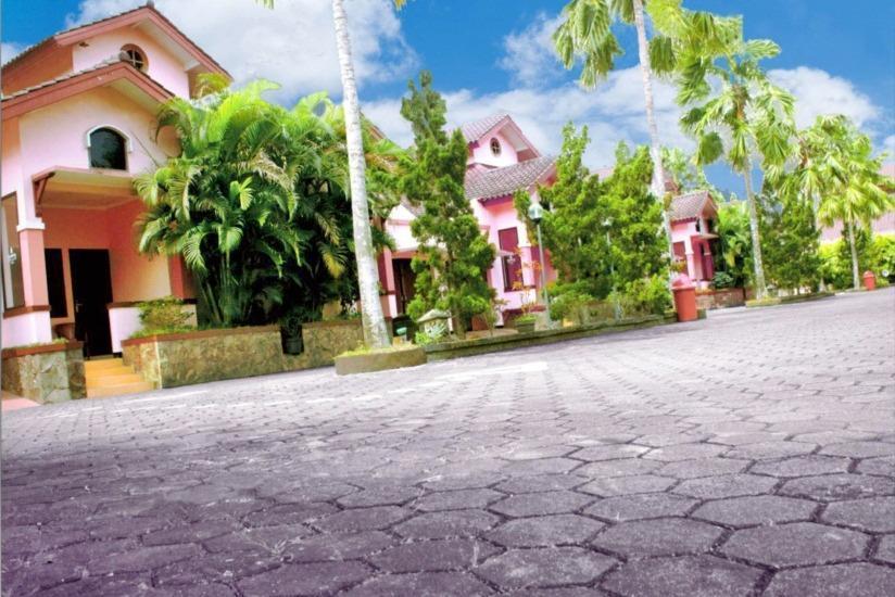 Atrium Resort & Hotel Purwokerto - Tampilan Luar Hotel