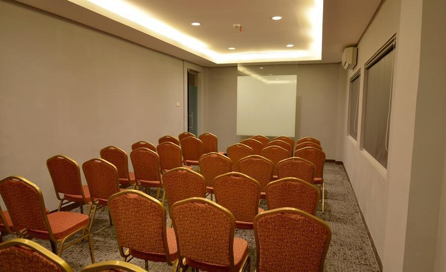 Celecton Blue Karawang Karawang - Ruang Rapat