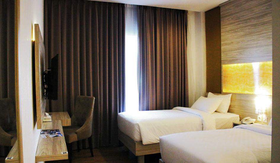 Celecton Blue Karawang Karawang - Superior Twin Room All in one Package
