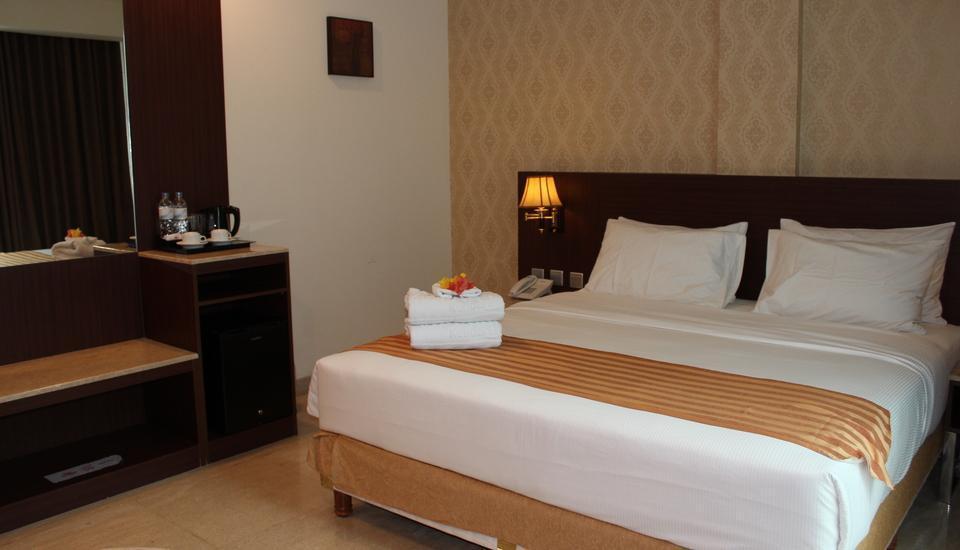 Plaza Inn Kendari - Business Room Only Regular Plan