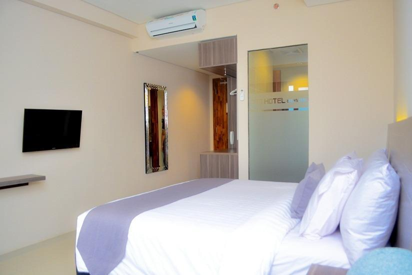 Neo Eltari Kupang - Deluxe Room - with Breakfast Regular Plan