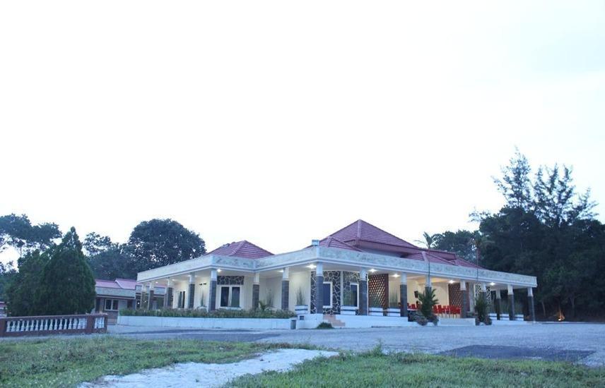 Pesona Bay Sea View Hotel Bangka - Exterior