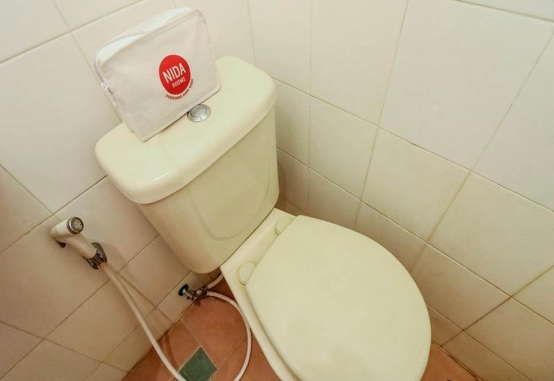 NIDA Rooms Utara Stadium 8 Jogja - Kamar mandi