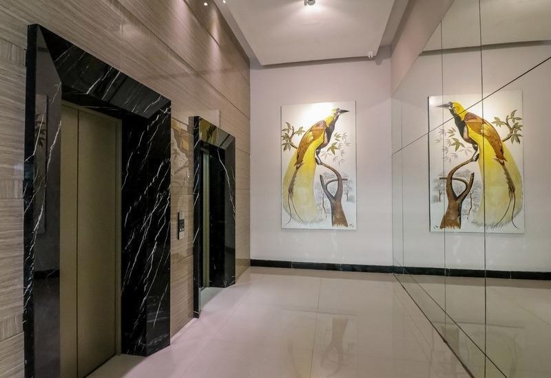NIDA Rooms Cendrawasih 452 Makassar - Mengangkat