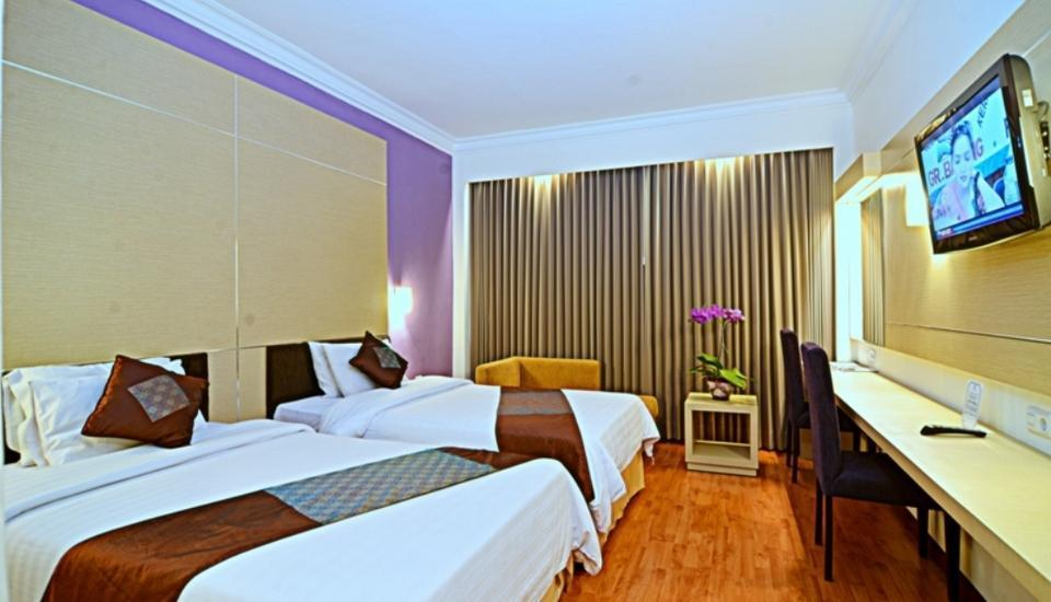 Grand Inna Tunjungan -  Deluxe With Breakfast Single Bed Regular Plan