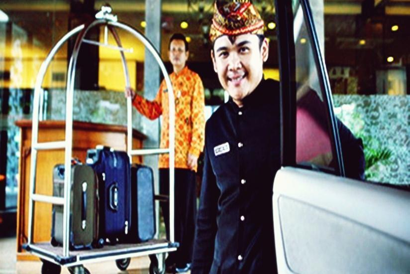 Inna Simpang Tunjungan Surabaya - Layanan Hotel