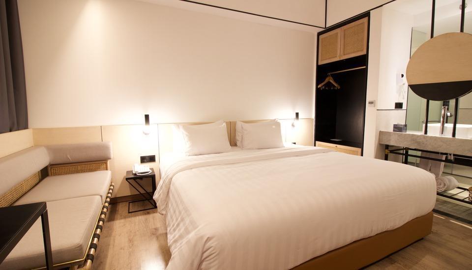 GAIA Cosmo Hotel Jogja - Superior Tempat Tidur King