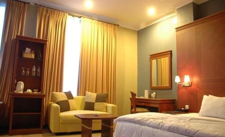 Hotel Idola Sampit Sampit - Junior Suite Room Regular Plan