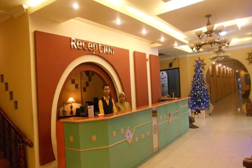 JB Hotel Samarinda - Resepsionis
