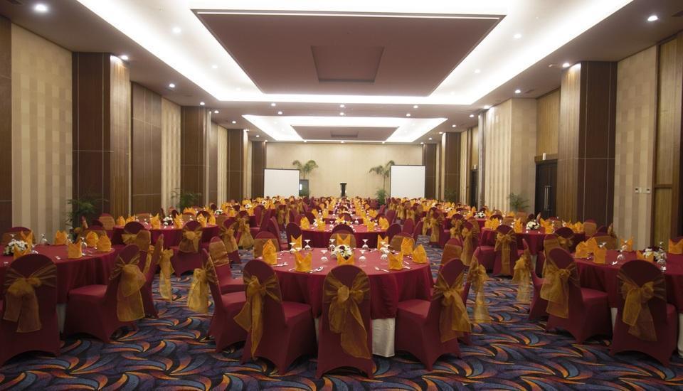 Tara Hotel Yogyakarta - Ballroom