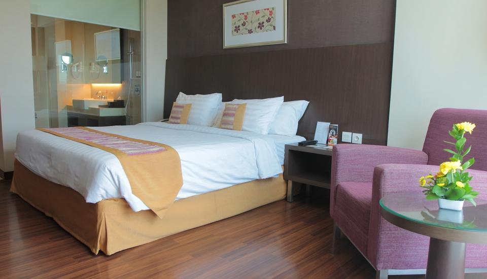 The Alana Surabaya Surabaya - Superior King Room Regular Plan