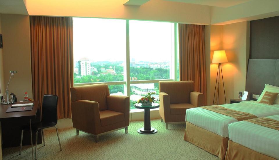 The Alana Surabaya Surabaya - Deluxe Twin Room Last Minute Deal