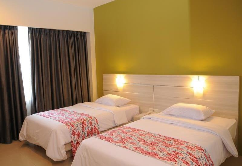 Dewanti Hotel Cirebon - Standard Room Twin - Room Only Regular Plan