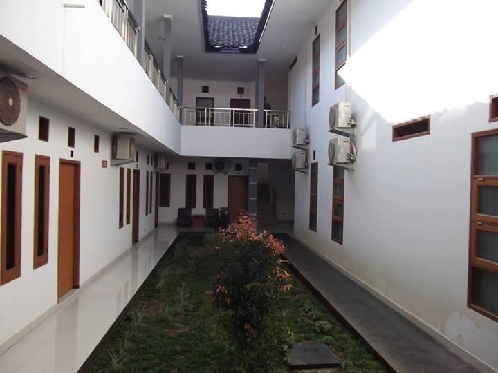 Sapadia Guest House Bandung - Eksterior