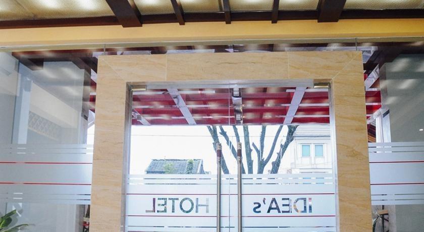 Ideas Hotel Bandung - Pintu Masuk