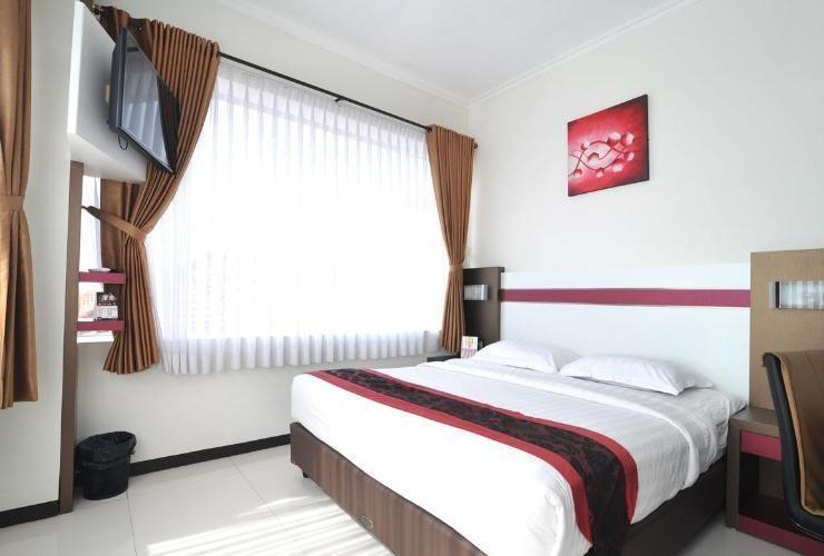 Ideas Hotel Bandung - Deluxe King