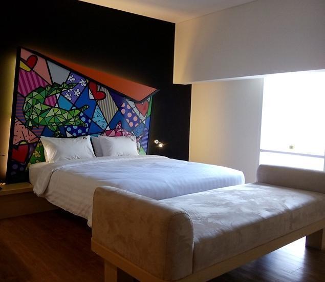 MaxOne Hotel Surabaya - Warmth