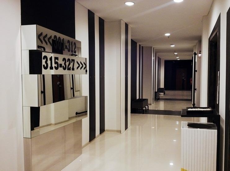 MaxOne Hotel Surabaya - Interior