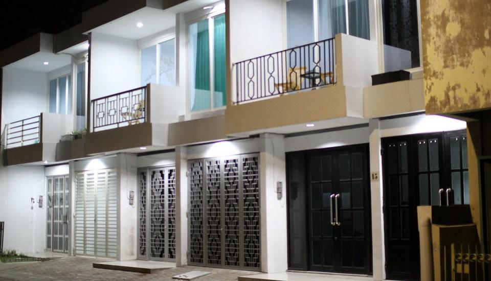 Just Inn Semarang - exterior
