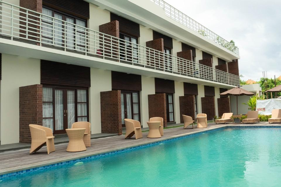 OYO 301 Umah Nusa Dua Residence Bali - POOL