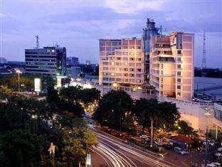 Hotel Ciputra Semarang - Tampak Luar