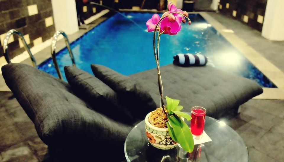 Safin Inn Hotel Jakarta - Kolam Renang