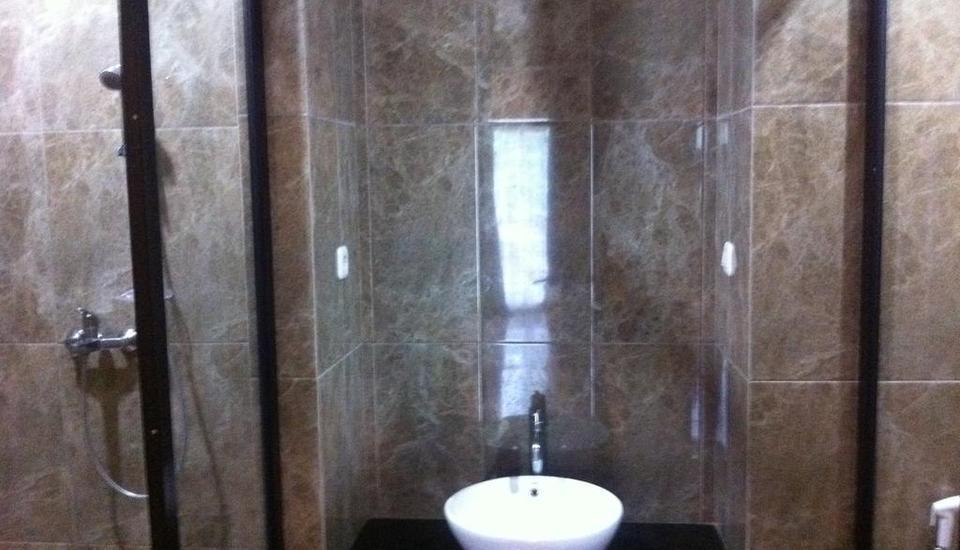 Viure Hotel Yogyakarta - Kamar mandi