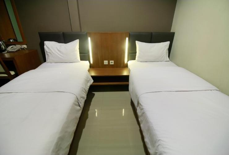 Viure Hotel Yogyakarta - Deluxe double or twin room only Regular Plan
