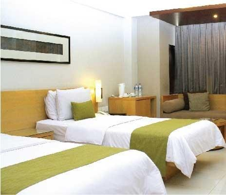 Hotel Mitra Bandung - Superior Twin Room With Breakfast Regular Plan