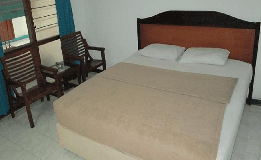 Tinggal Standard Genteng Embong Kenongo 12 Surabaya - Kamar tamu