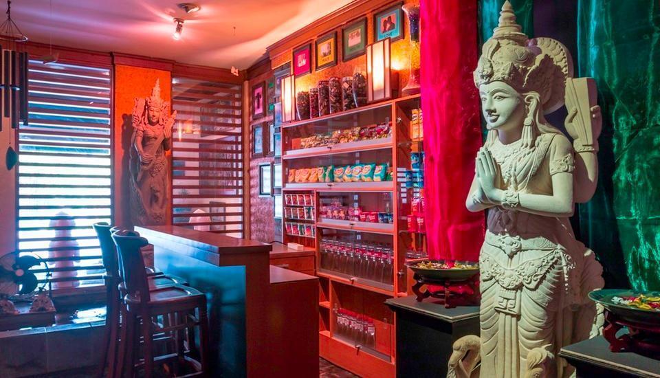 Dhanesvara Homestay Surabaya - Kafe