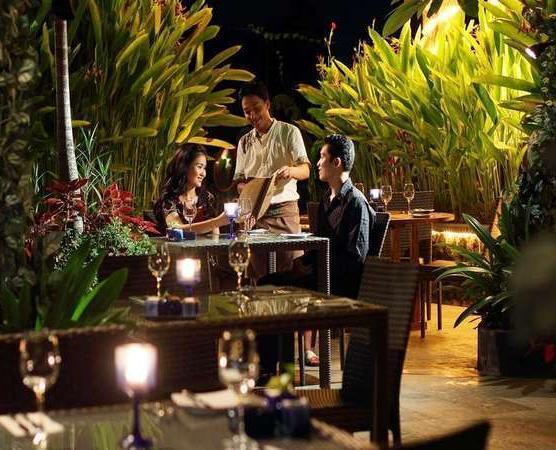 The Oasis Lagoon Sanur - Restoran udara terbuka