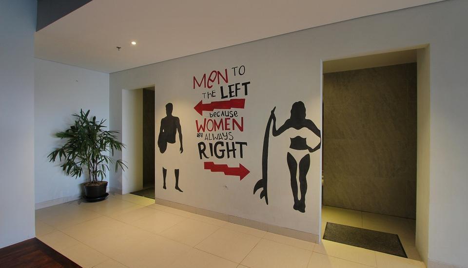 Koa D Surfer Hotel Bali - Toilet di Lobby
