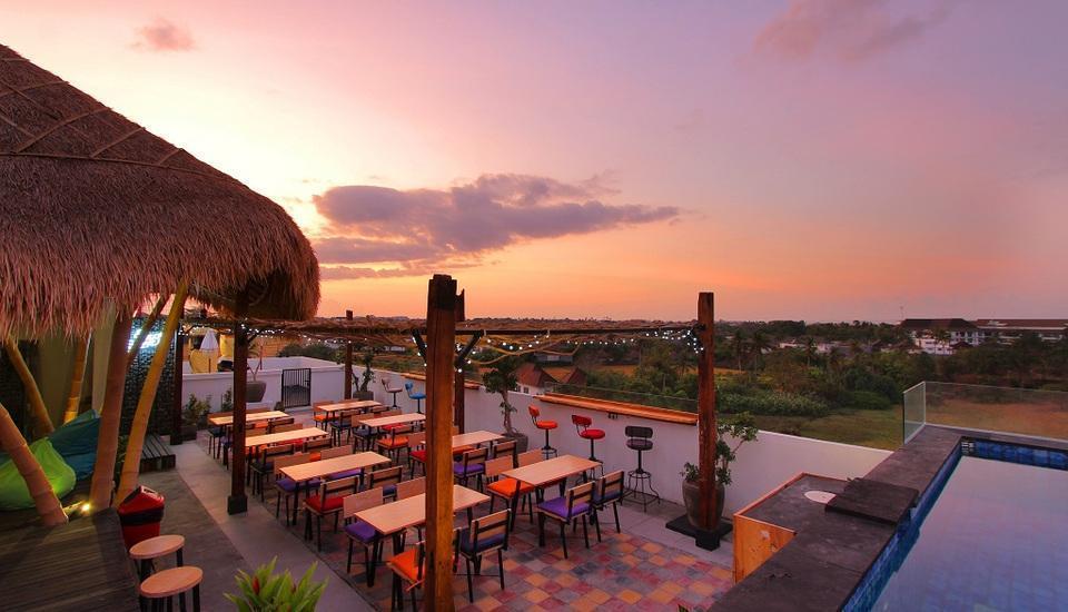 Koa D Surfer Hotel Bali - Area Bar