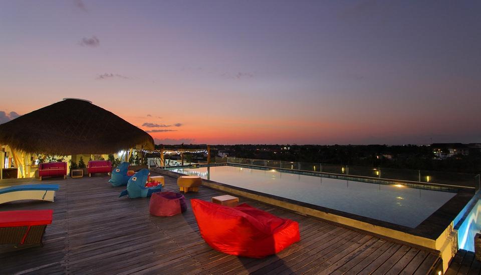 Koa D Surfer Hotel Bali - Atap Hotel