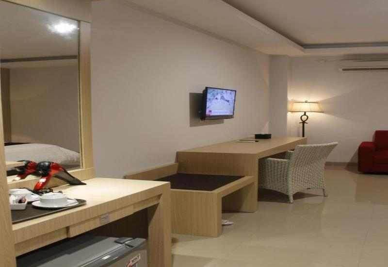 John Hotel Kupang - Deluxe Single Room Regular Plan