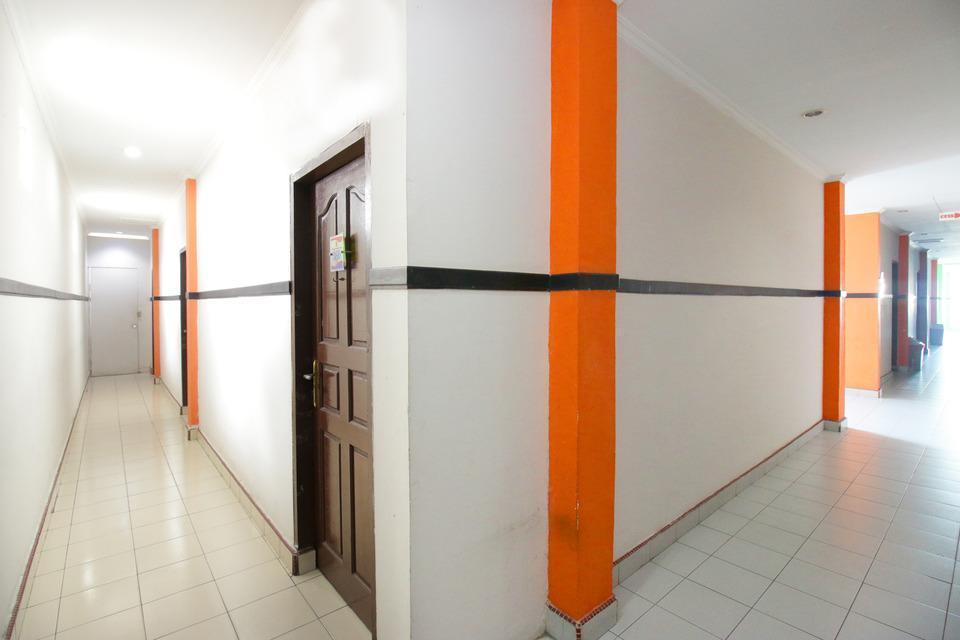 Airy Sumahilang Sisingamangaraja 10 Pekanbaru - Corridor