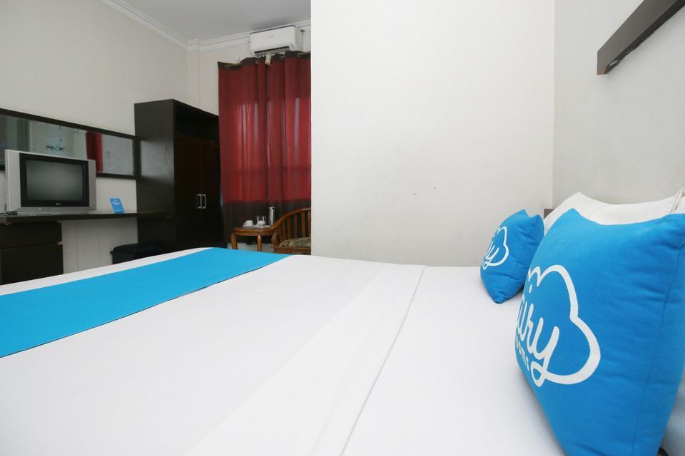Airy Sumahilang Sisingamangaraja 10 Pekanbaru - Superior Double Room with Breakfast Special Promo Jan 24