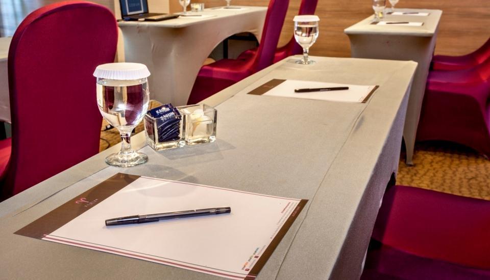 Arnava Ninety 8 Hotel  Bali - Ruang Rapat