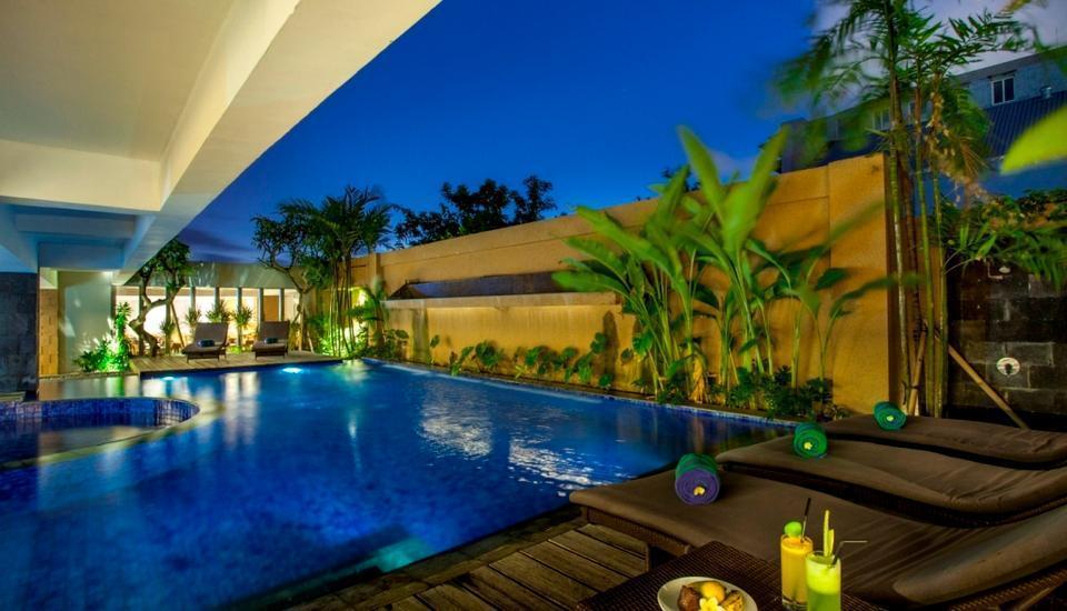 Arnava Ninety 8 Hotel  Bali - Kolam Renang